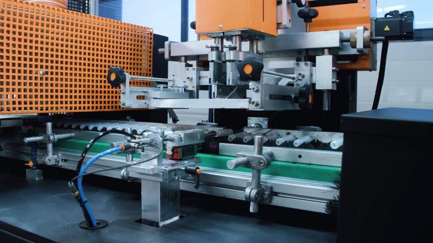 Ogromny Przemysłowe maszyny drukujące – wdrożenie maszyny KELLER JC61